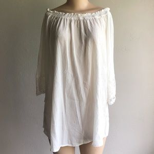 Chelsea & Theodore   Off the Shoulder Gauze Blouse